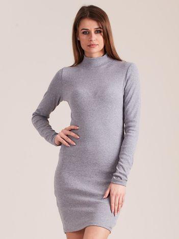 Szara dopasowana sukienka z półgolfem