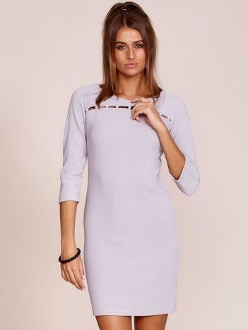 Szara sukienka z aplikacją z perełek