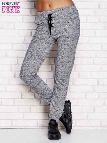 Szare spodnie dresowe lace up