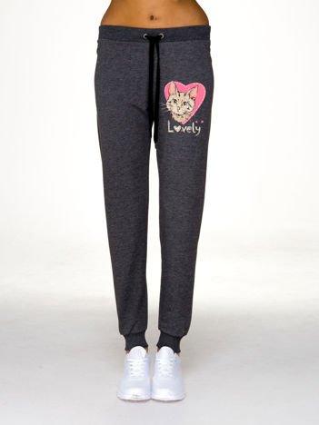 Szare spodnie dresowe z nadrukiem kota