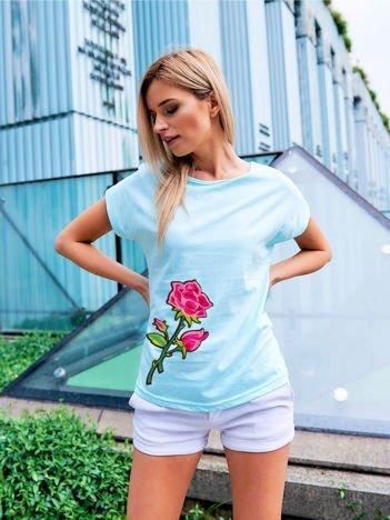 T-shirt damski turkusowy z naszywką RÓŻA