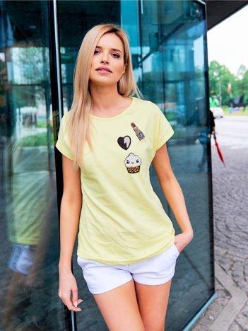 T-shirt damski żółty z naszywkami cekinowymi