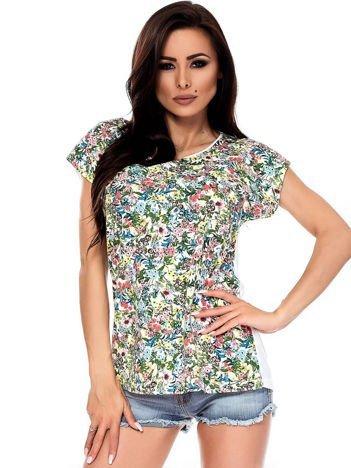 T-shirt w kolorowe drobne kwiatki
