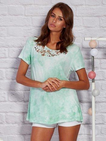 T-shirt z motywem acid wash zielony