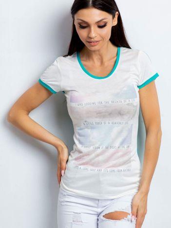 T-shirt z pastelowym nadrukiem zielony