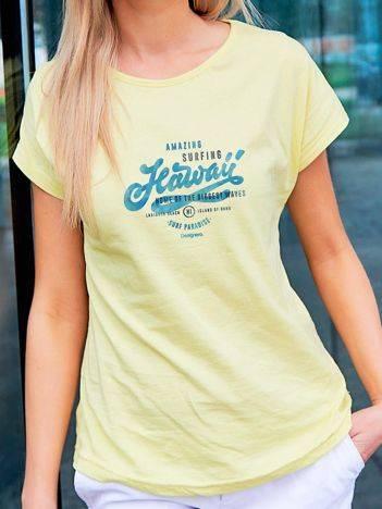 T-shirt z wakacyjnym nadrukiem żółty
