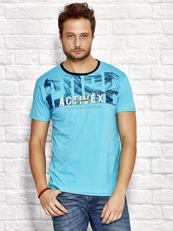 Turkusowy t-shirt męski z printem