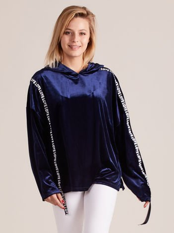 Welurowa bluza oversize z kapturem ciemnoniebieska