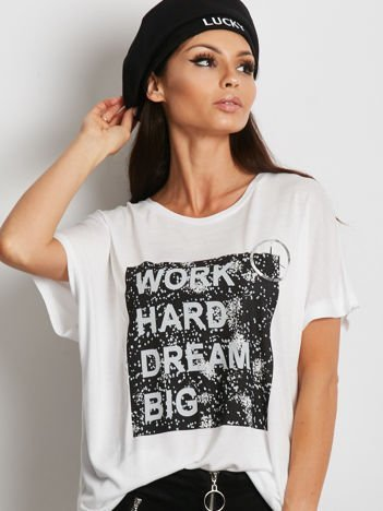 YUPS Biały t-shirt z napisem WORK HARD DREAM BIG