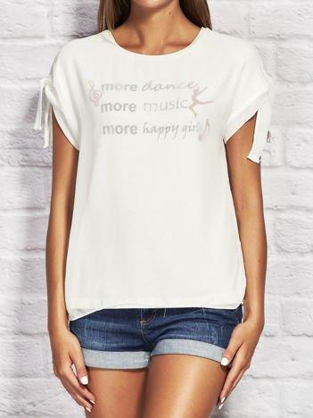 YUPS Ecru warstwowy t-shirt z nadrukiem