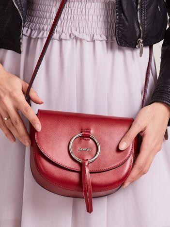 Zaokrąglona skórzana torebka czerwona