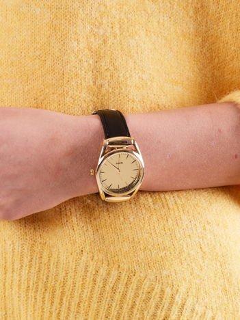 Zegarek damski złoty na czarnym pasku