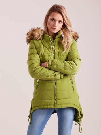 Zielona asymetryczna kurtka na zimę