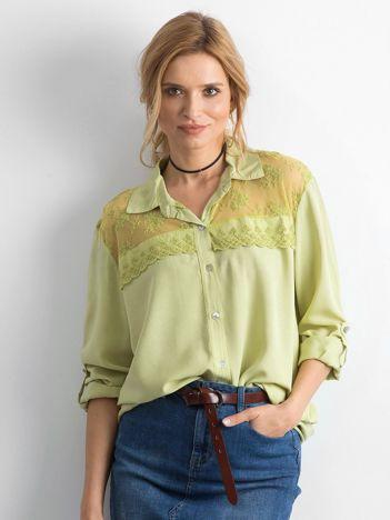 Zielona koszula z długim rękawem