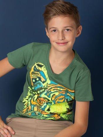 Zielony t-shirt chłopięcy z tygrysem