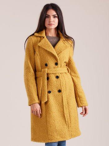 Żółty dwurzędowy płaszcz boucle