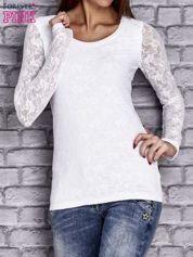 Biała bluzka z ażurowymi rękawami