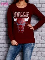 Bordowa bluza z napisem BULLS