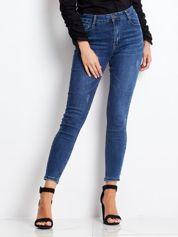 Ciemnoniebieskie jeansy Tantalizing