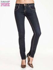 Butik Ciemnoniebieskie klasyczne spodnie jeansowe rurki