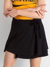Czarna mini spódnica z wiązaniem