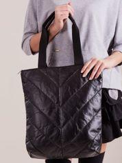 Czarna pikowana torba