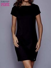 Czarna sukienka dresowa o prostym kroju
