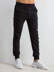 Czarne męskie dresy Simplicity