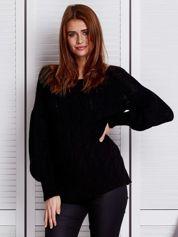 Czarny sweter ze wzorem warkocza
