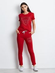 Czerwony dresowy komplet cut out z perełkami i kieszeniami