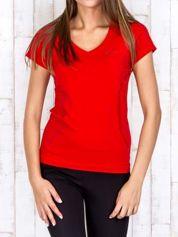 Butik Czerwony t-shirt sportowy z pikowaną wstawką PLUS SIZE