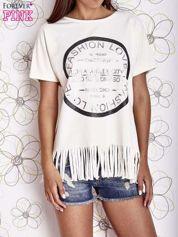 Ecru t-shirt z nadrukiem i frędzlami