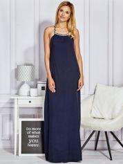 Granatowa sukienka maxi z wiązaniem na szyi