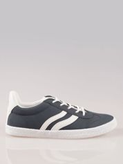 Granatowe buty sportowe w stylu casual
