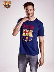 Granatowy t-shirt męski z motywem FC BARCELONA