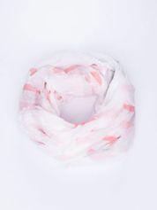 Jasnoróżowa bawełniana chustka z frędzelkami