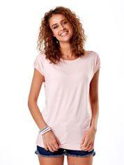 Jasnoróżowa bluzka z koronkową wstawką na rękawach