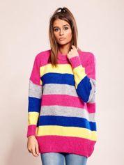 Luźny sweter w pasy różowy
