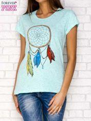 Miętowy t-shirt z łapaczem snów