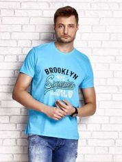 Niebieski t-shirt męski z napisem BROOKLYN NYC