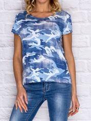 Niebieski t-shirt moro z koronką