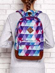Plecak szkolny w graficzne wzory