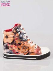 Różowe kwiatowe sneakersy