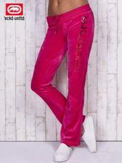 Różowe welurowe spodnie dresowe z cekinami