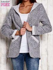 Szary otwarty sweter z kapturem
