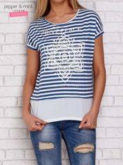 T-shirt w paski z nadrukiem niebieski