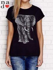 T-shirt z orientalnym słoniem czarny