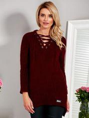 Wełniany sweter lace up V-neck bordowy