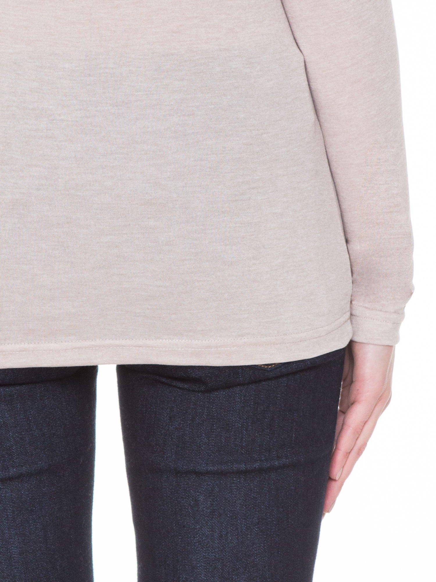 Beżowa gładka bluzka z reglanowymi rękawami                                  zdj.                                  8