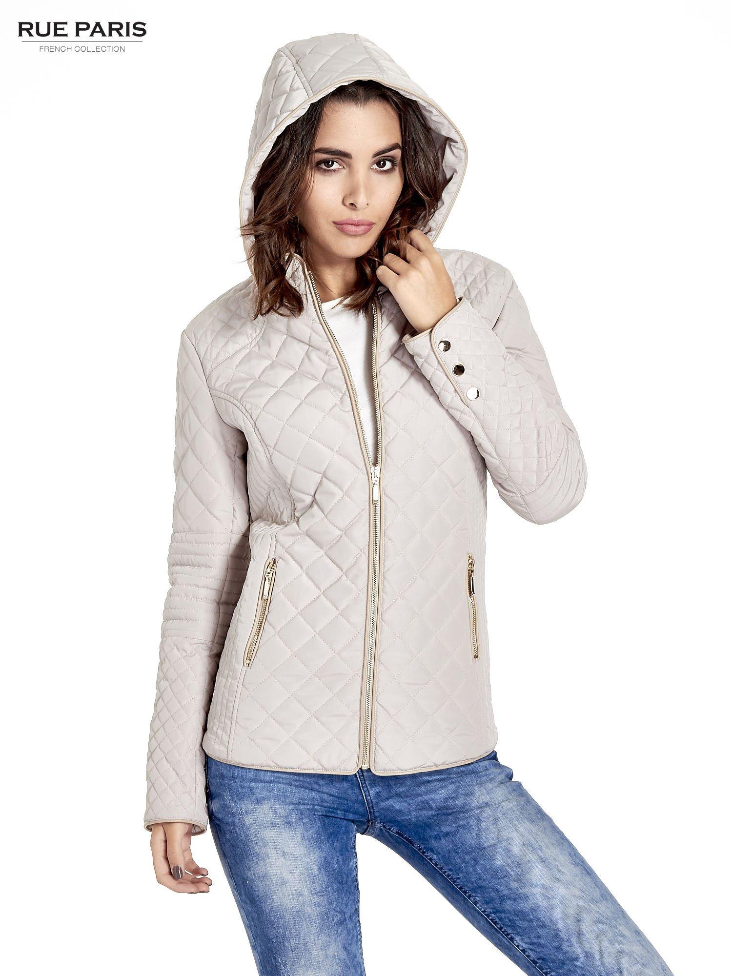 Beżowa pikowana kurtka z kapturem w stylu husky                                  zdj.                                  5